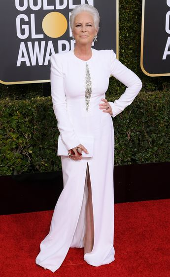Jamie Lee Curtis' Ice Queen Golden Globes Look Gets Fans Approval on Twitter