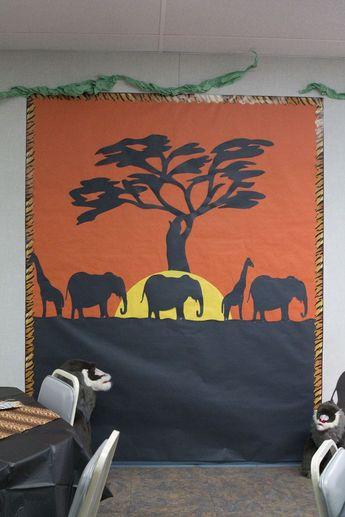safari photo area (or a great classroom bulletin board)                                                                                                                                                                                 More
