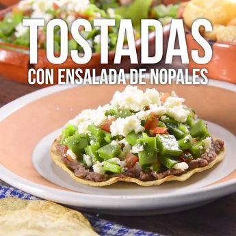 Tostadas con Ensalada de Nopales