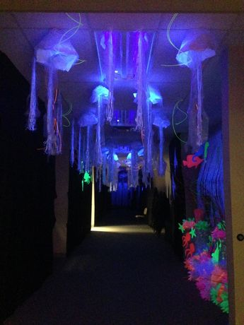 4th - 6th grade craft hallway. It was so cool! It was like being in the ocean! Ocean Commotion, 2015. 5th. #Hallwayideas