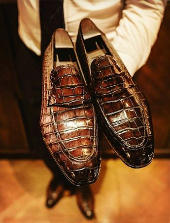 7216e3ca7c3 Ferrini 227 Genuine Hornback Alligator Shoes - $669.90 :: -