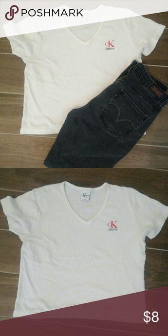 89058d05 Calvin Klein Jeans shirt White V neck short sleeve shirt, logo on front  left chest