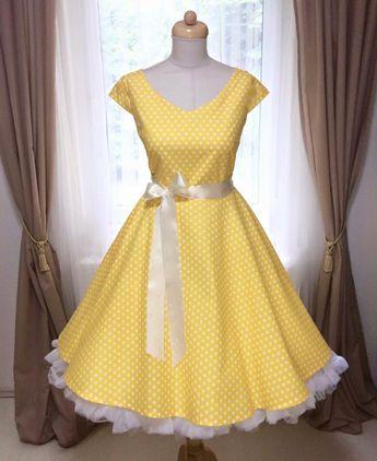 b2fe53ccc87b Kolová sukně modrá s puntíkem. plně kolová sukně délka 60 c