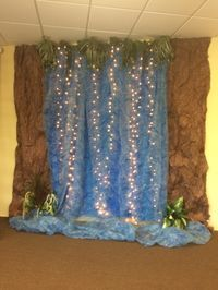 My own waterfall. I'm so thrilled because I had all the materials on hand to make this one. 3 blue plastic tablecloths, wrinkled brown paper,