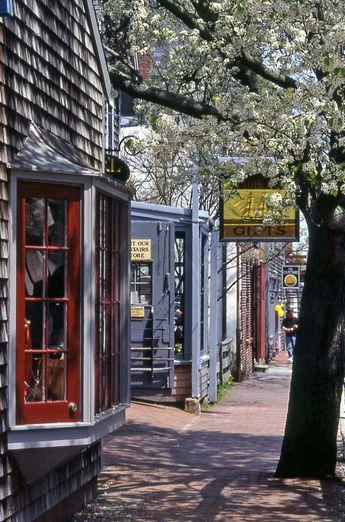 Visiting Nantucket on a Budget