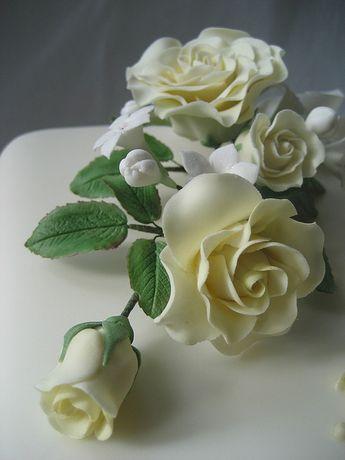 Lemon roses spray