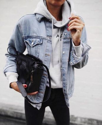 15 Cute Denim Outfits To Try Out This Spring