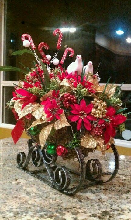 Christmas Boquet Sleigh