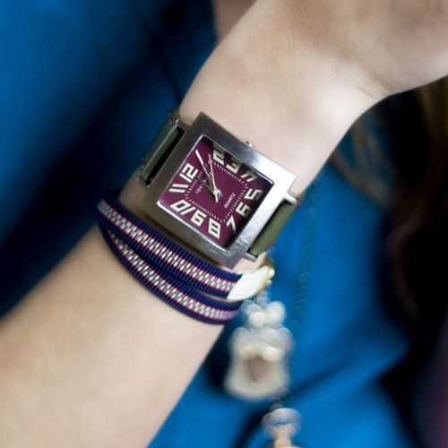 代 女性 40 時計 腕時計に詳しい方、教えて下さい!40代女性向きの、作業系仕事の時でも