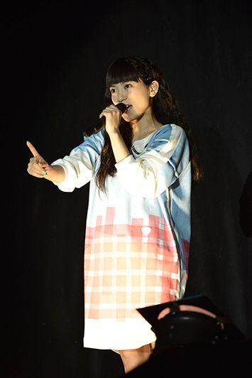 ライブ中のmiwa
