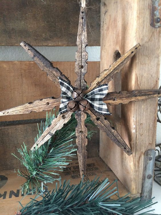 Clothes pin snowflake ornament