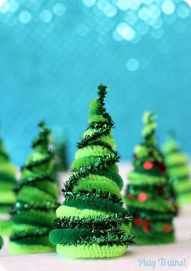 Pipe Cleaner Trees Christmas Craft for Train Sets and Small Worlds from Play Trains!