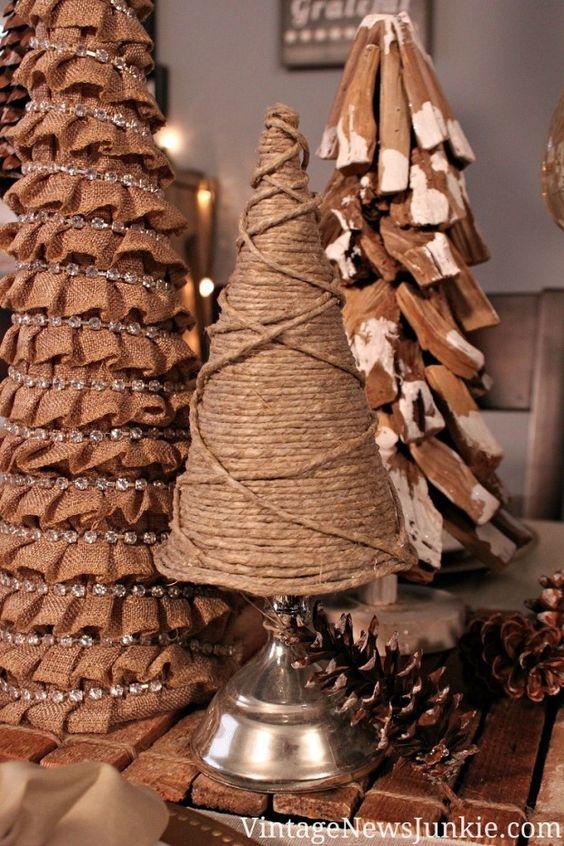 Twine Christmas tree - 14 Amazing DIY Rustic Christmas Decorations