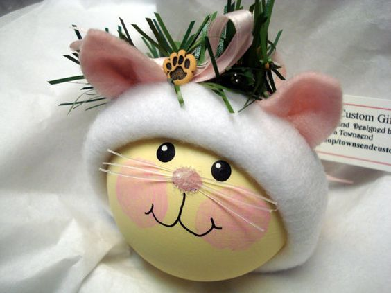 Kitten Cat Christmas Ornament Tree Bulb Hand Painted Glass Personalized Paw Green White & Pink Flower Hat