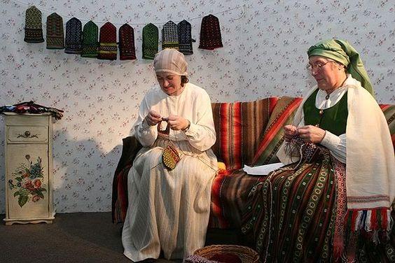 Latvian knitters