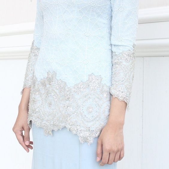 A closer look at our ANGELE. A modern kurung in fine lace and chiffon silk with lace patches and embellishments. Available made-to-measure only. For price and lookbook inquiries or viewing appointments, please email us at shoparared@gmail.com or contact 017-2445208. #arared #araredraya2015