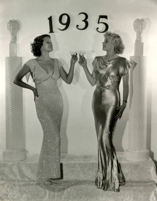 Billie Seward & Lucille Ball ring in the New Year 1934/35  Happy New Years Eve beauties!!!! #NYE