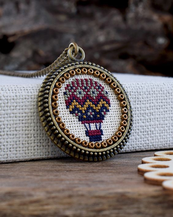 Hot air balloon necklace, Embroidered balloon, Cross stitch pendant, Air balloon jewelry, Textile hot air balloon pendant, Airship necklace