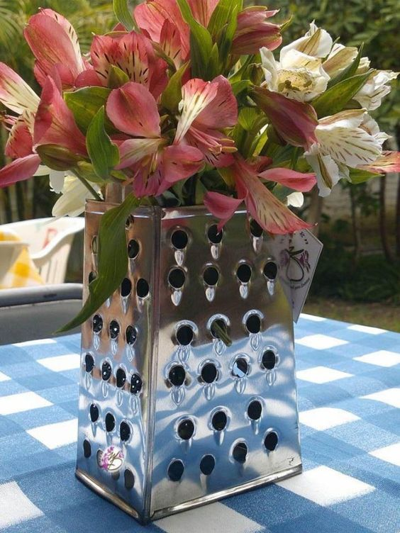 Upcycled Centerpieces  #‎Centerpieces‬ ‪#‎parties‬ ‪#‎party‬ ‪#‎decor‬ ‪#‎decoration‬ ‪#‎homedecor‬