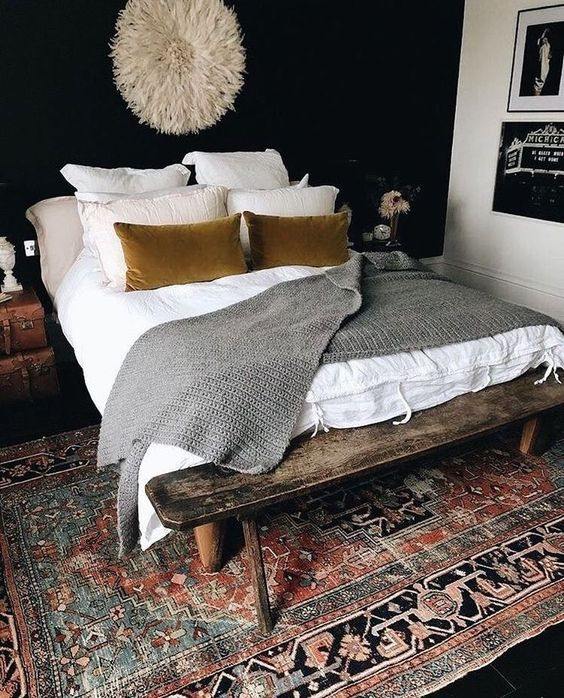 Love this even though it's unrealistic because we'd never do the throw or the accent pillows!