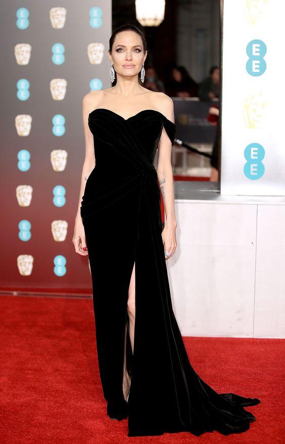 Angelina Jolie - HarpersBAZAAR.com