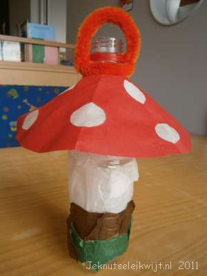 paddestoel van frisdrankfles, lampion maken