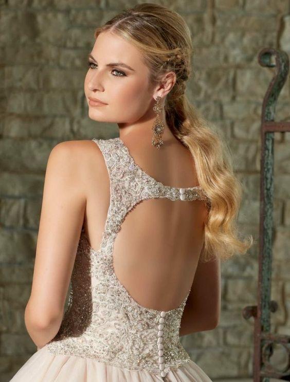 Like the dress back design