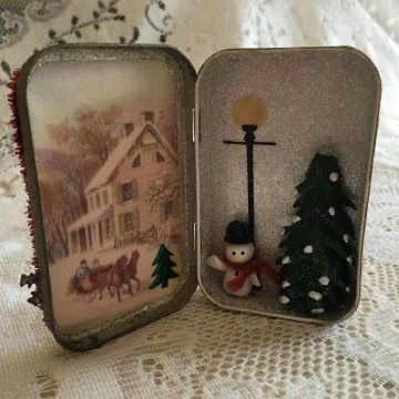 Creative Paperclay® air dry modeling material: Altered Altoid Tin with Creative Paperclay® Figures