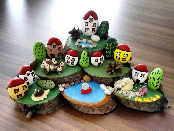 Ağaç üzeri taş işleme. #taşboyama #tasboyamasanatı #tatilköyü #stoneart…