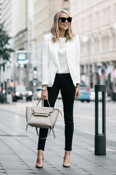Trendy and Casual Bussiness Outfit Ideas for Women 23