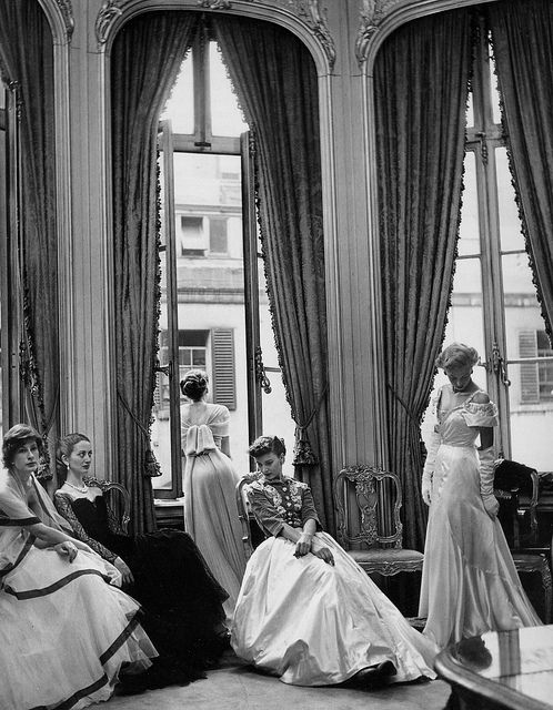 September 1948 by Cecil Beaton Models are wearing evening gowns by Jacqueline Vienne, Rahvis, Victor Stiebel and Bianca Mosca for British Vogue. Image via Pinterest.