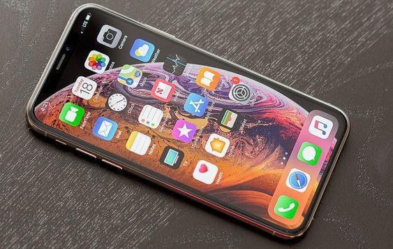 thay-mat-kinh-iPhone-Xs-tai-ha-noi