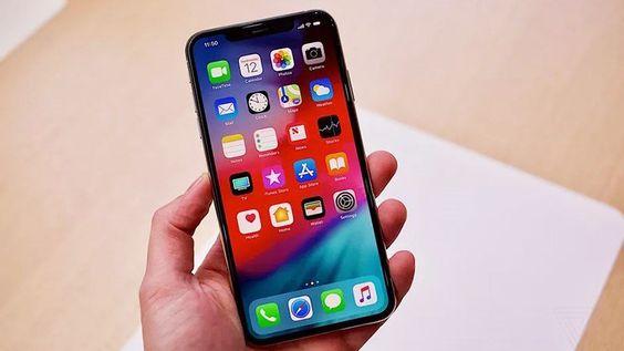 thay-man-hinh-iPhone-Xs-chinh-hang