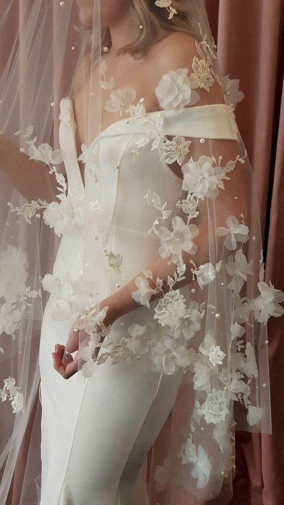 Long wedding veil with flowers