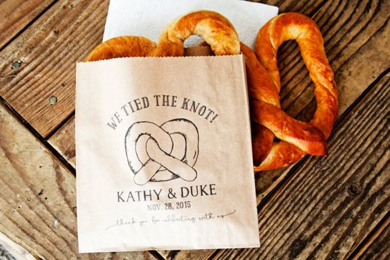 Pretzel Wedding Favor Bags - We Tied the Knot - Personalized Wedding Snack Bag - Soft Pretzel Favor