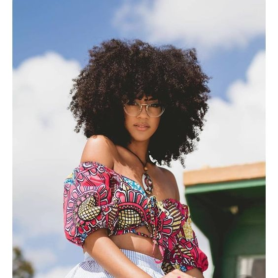 Tú esencia es lo que te hace única #amate #aceptate #inspirateasertumejorversion #afroqueen #afrowoman #naturalhaircommunity #naturalistas #naturalhair #amorpropio #amomiculturamisraices #amomicabelloafro #soyfelizsiendoyo