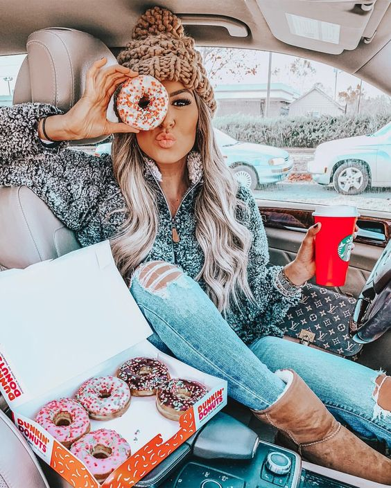 """Hollie Woodward on Instagram: """"Fueling up for some Black Friday shopping like 🍩🍩🍩 @thepinklilyboutique is having a major sale! Everything is 30% off with code…"""""""