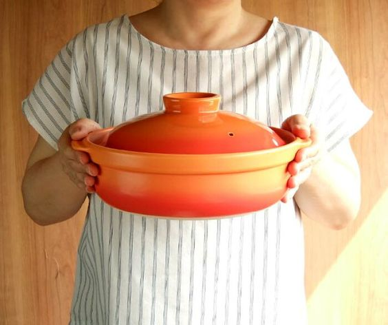 ニトリや長谷園などおすすめ土鍋14選!IH対応表や土鍋プリンのレシピも紹介