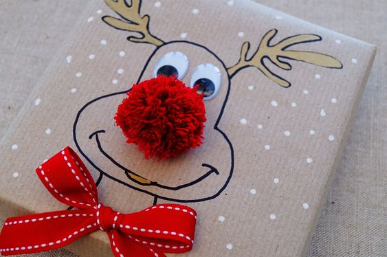 This cute Christmas Reindeer gift wrapping idea is really simple to do.