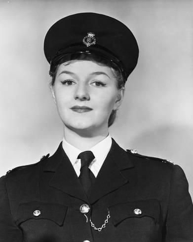 Photo: Joan Sims : 14x11in