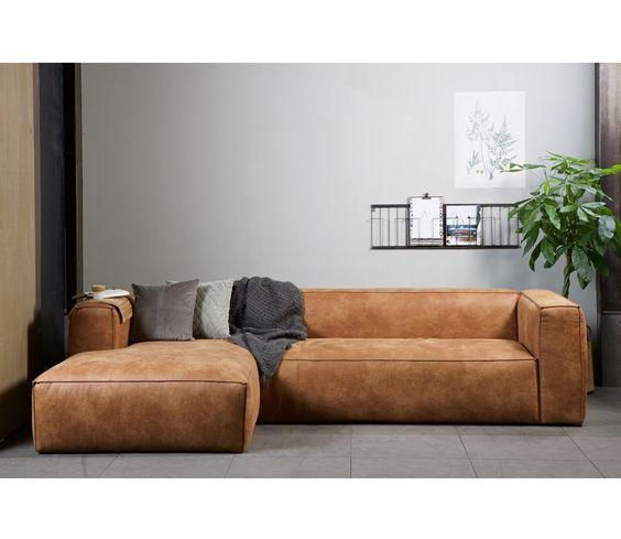 Trang trí phòng khách cá tính cùng bộ sofa da thật tphcm