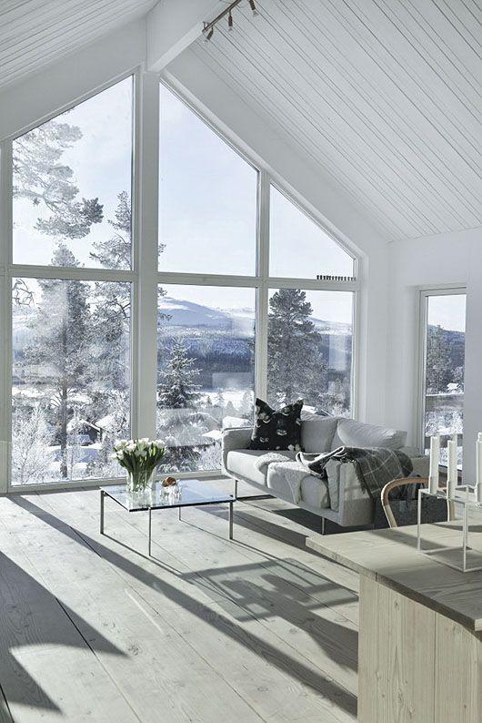Dizzy Interior House