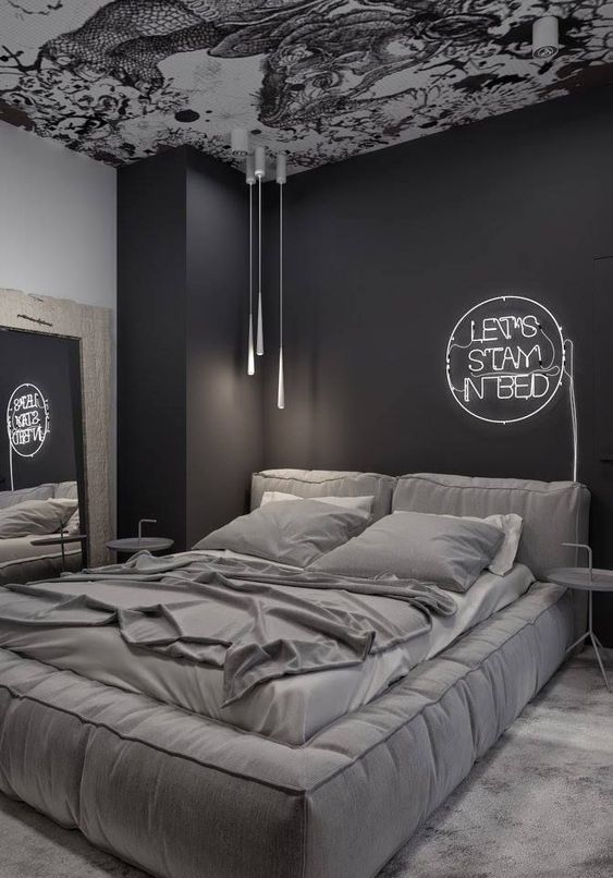 Platform Bed Ideas - Think platform beds are just for modern-style bed rooms? Think again. Success Gallery shows you 22+ platform beds that fit any style room. #platformbedideas #bedroomideas #platformbedheadboardideas