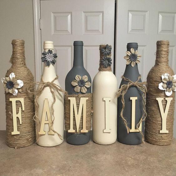 Avete conservato delle belle bottiglie di vetro, ma non avete idee per riutilizzarle? Ecco 20 soluzioni.