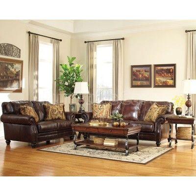 Fashionable Traditional Home Decor
