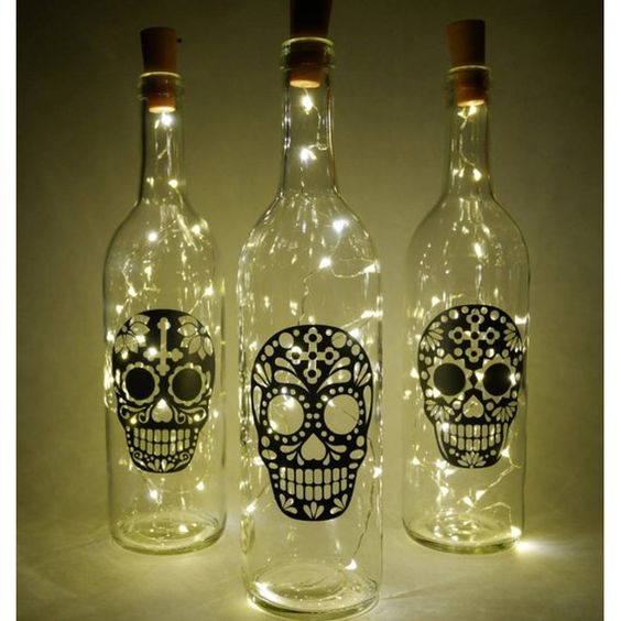 Bottiglia illuminante, bottiglie decorative, bottiglie di vino, teschi di zucchero, luci fatate, decorazioni a forma di teschio, zucchero