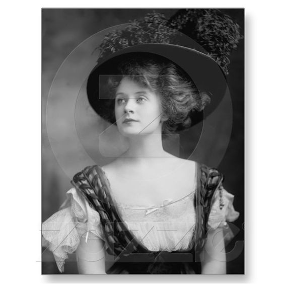 Billie Burke -AKA Glenda the Good Witch of the north! so pretty.