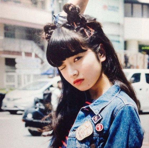 個性的な髪型のオシャレで可愛い小松菜奈