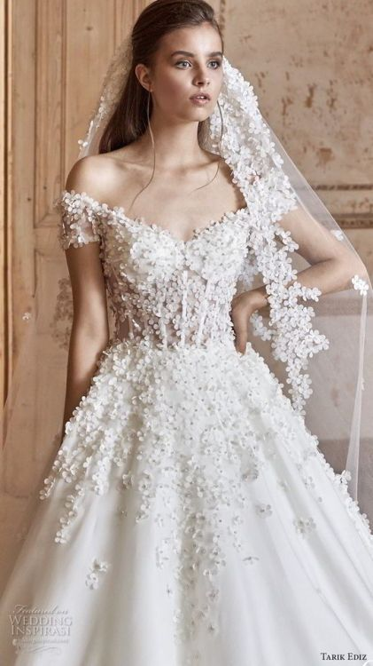 Bridal wedding dresses best collection