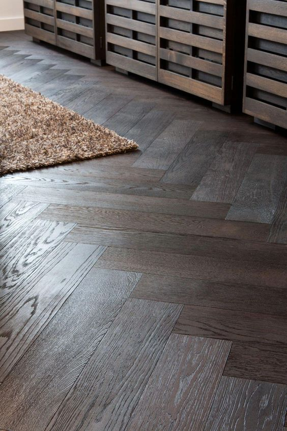04_monumentaal-grachtenpand Beautiful flooring #hardwoodflooringherringbone